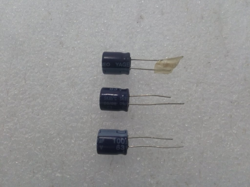 Capacitor Eletrolítico 100uf/63v/85º - Yageo