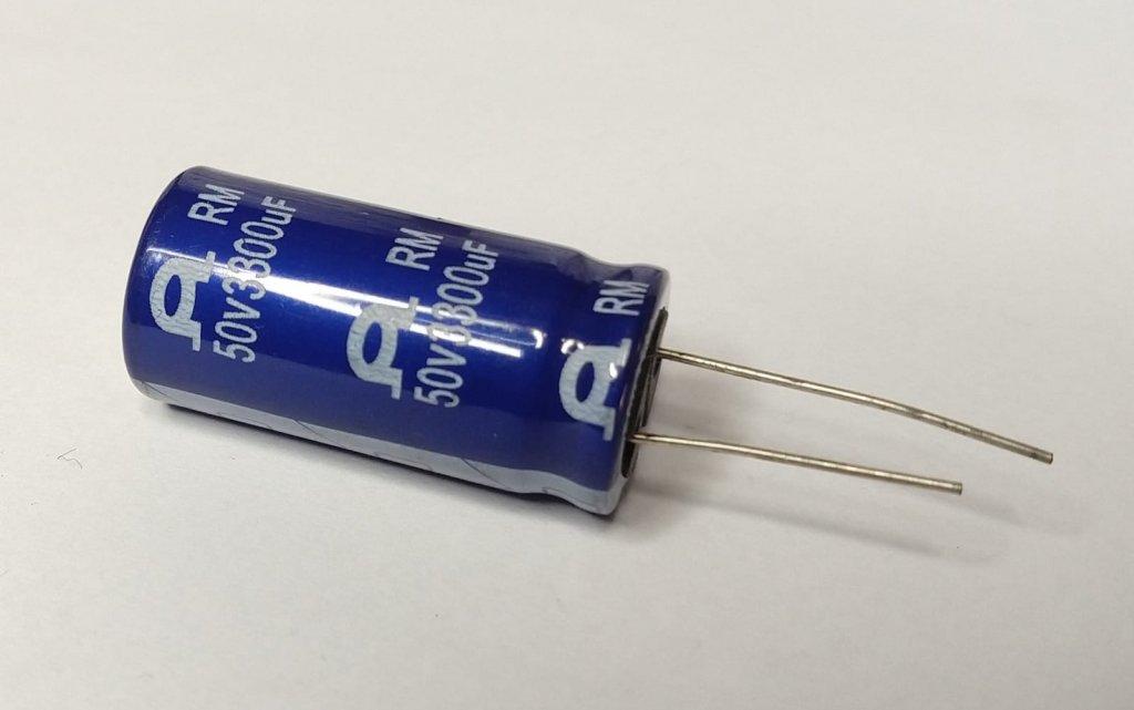 Capacitor Eletrolítico RM 3300uF 50V