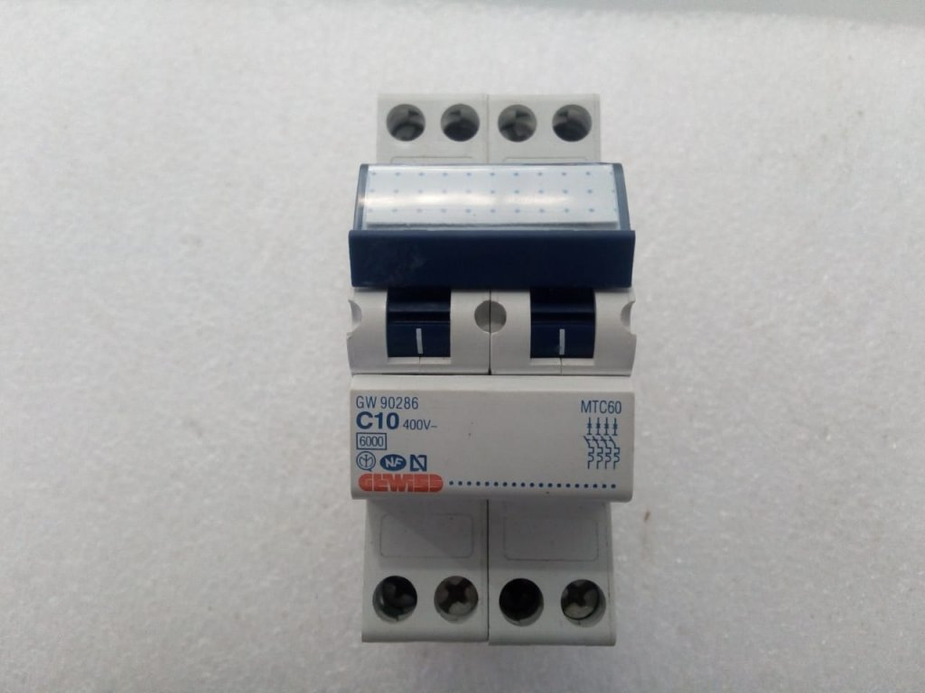 Disjuntor Gewiss Gw90286 - (10a/4p)