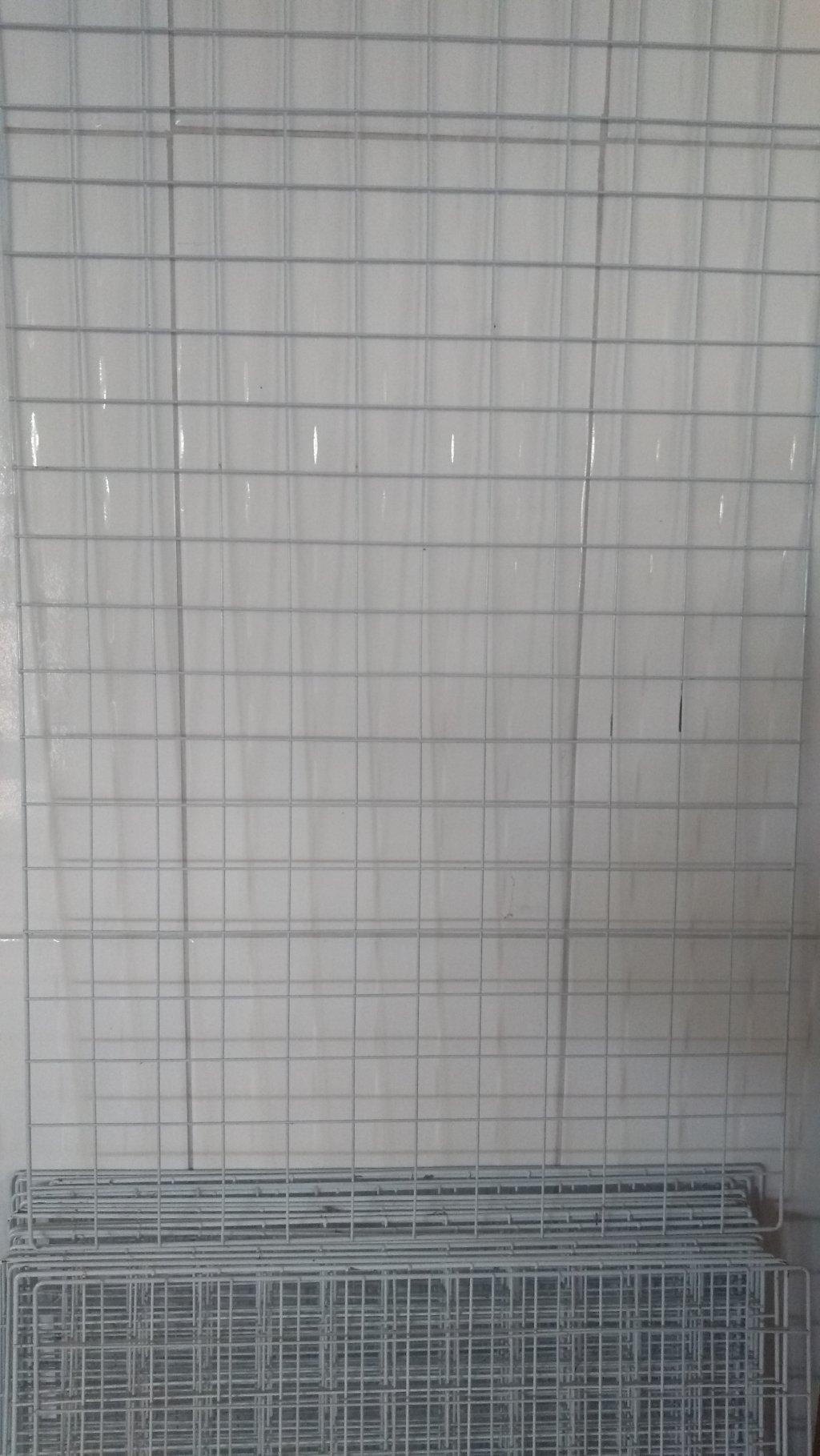 Expositor aramado de parede 60 x 1,00