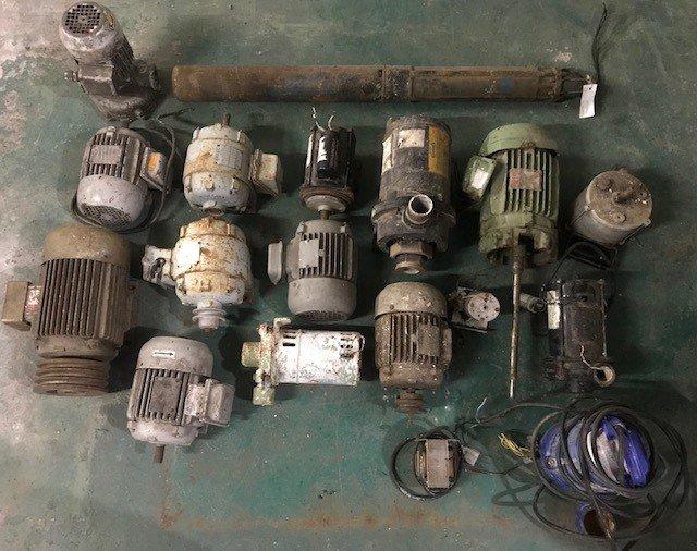 Sucata de motores elétricos e bombas d'água