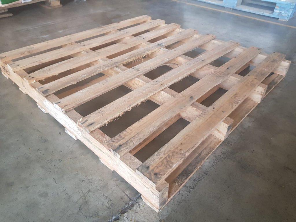 Pallets de madeira