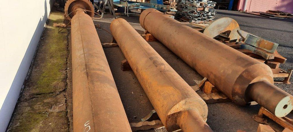 cilindros de aço maciços