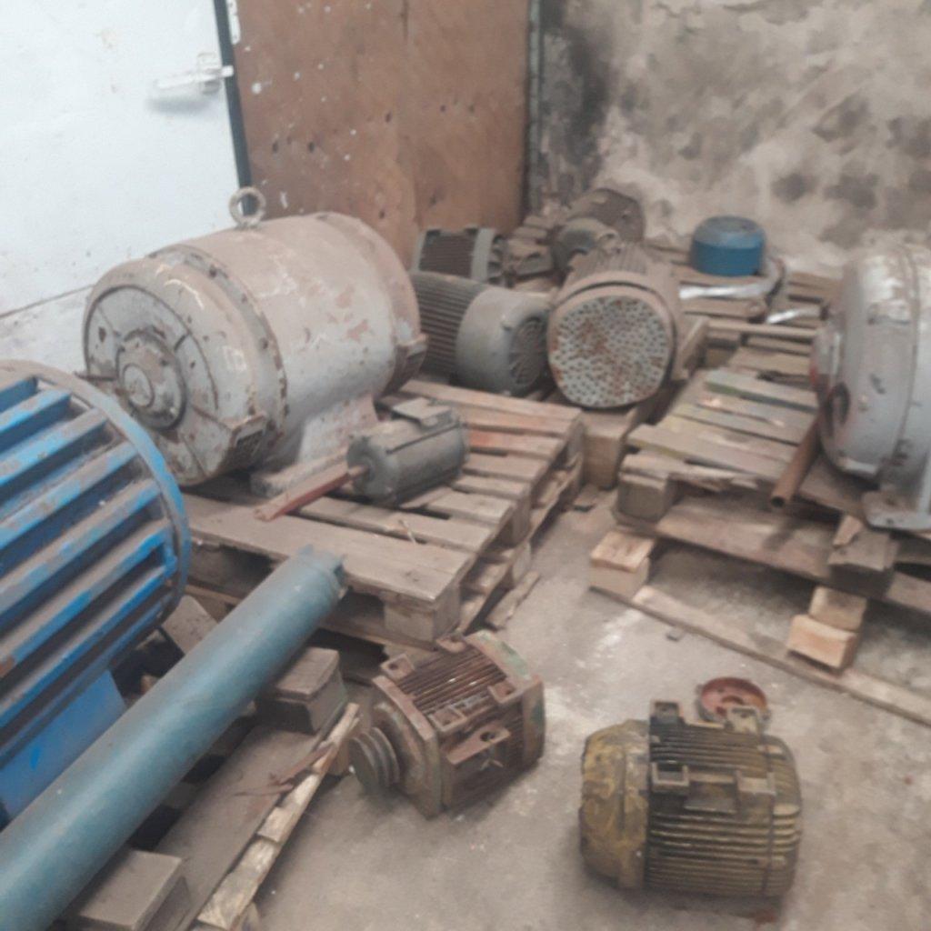 Motores antigos em ferro