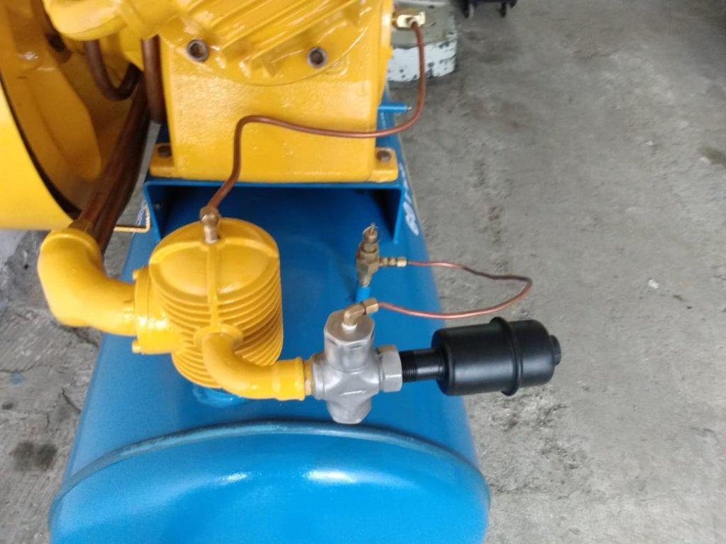 Compressor Shulz 60 pés motor 15 CV