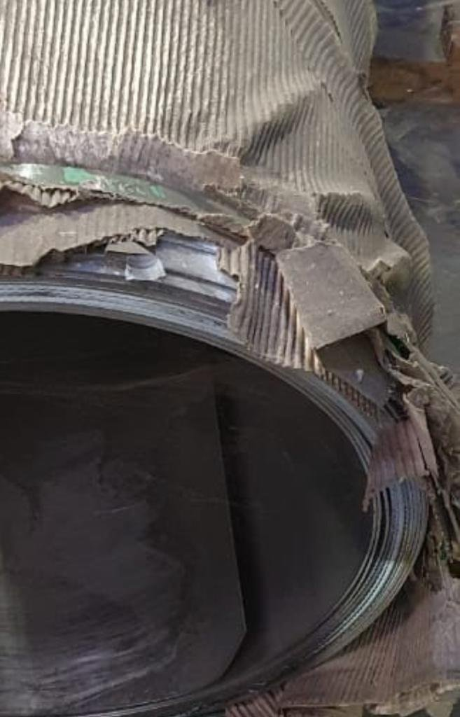Bobinas Inox 304 escovado - 2,50mm x 1240mm com película preta/branca